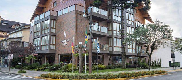 Fachada do Hotel Laghetto Gramado