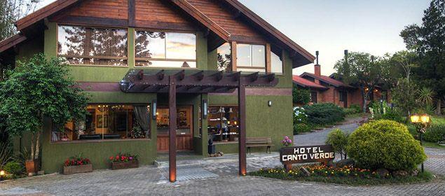 Fachada do Hotel Canto Verde