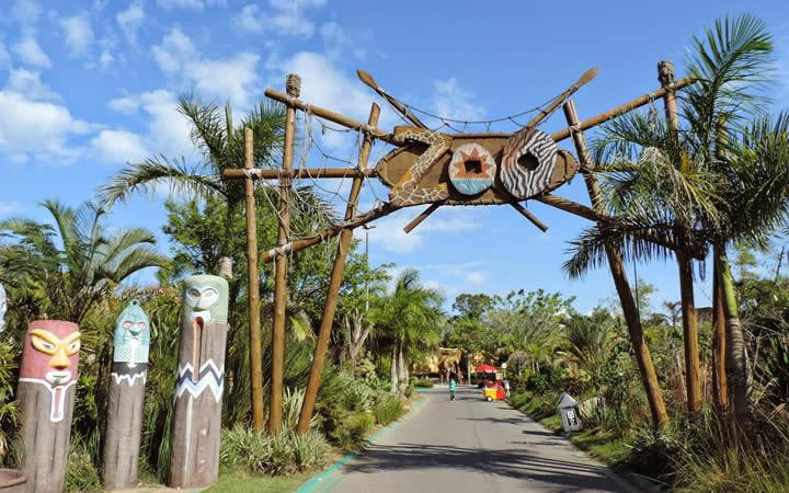 Entrada do zoológico - Beto Carrero