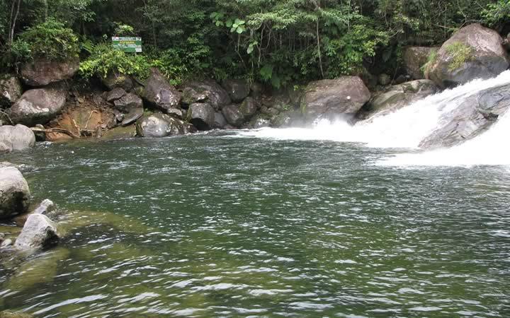 Cachoeira da Pedra Branca em Paraty