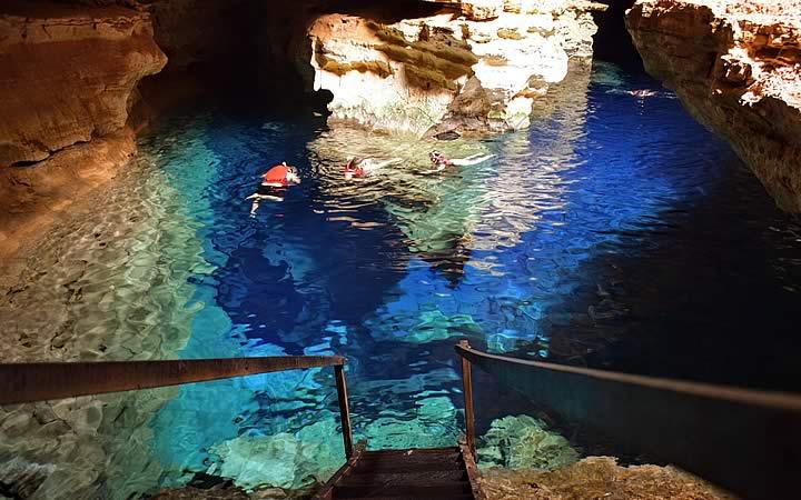 Poço Azul em Chapada Diamantina