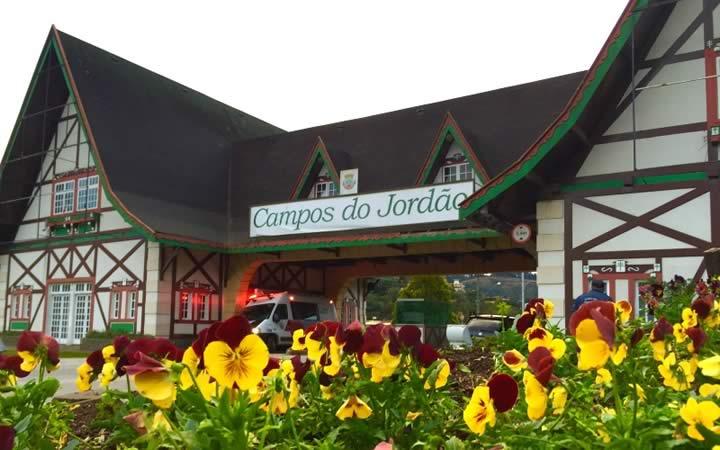 Portal de Entrada de Campos do Jordão na Serra da Mantiqueira