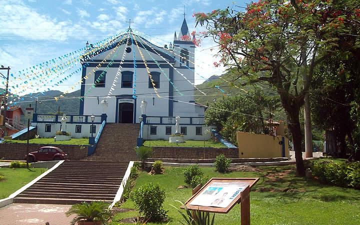Centro de Ilhabela - Igreja de Nossa Senhora da Ajuda