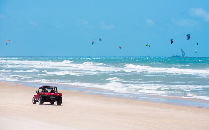 Praia do Cumbuco - Passeio de Buggy