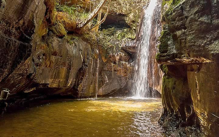 Cachoeira do Santuário - Chapada das mesas