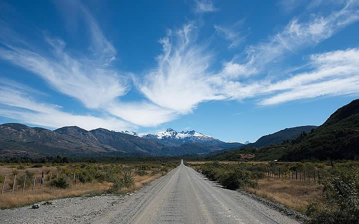 Caminho para Cordilheira dos Andes - Chile