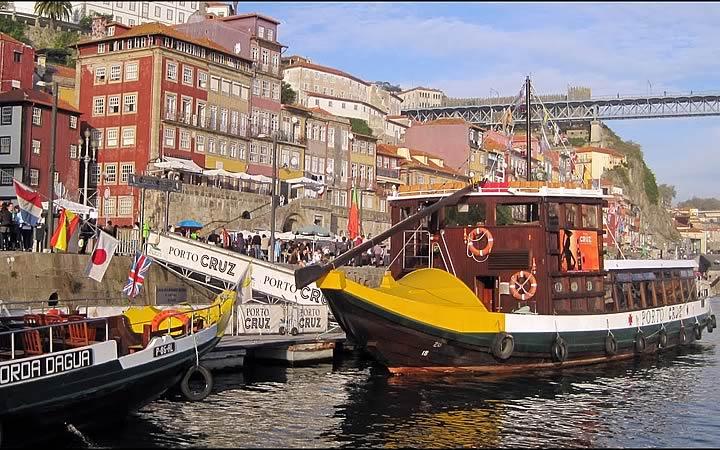 Passeio de Barco - Portugal
