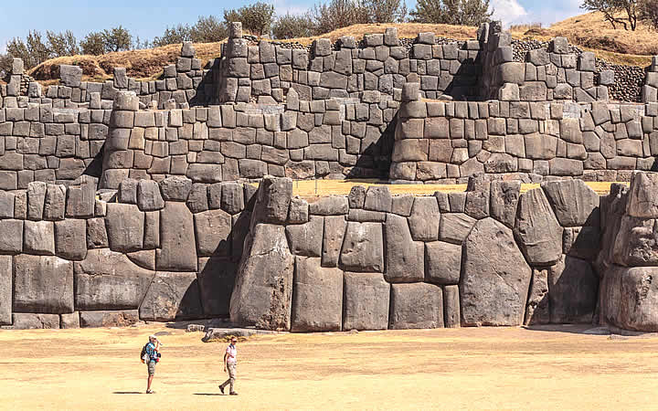 Pedra dos doze ângulos - San blas - Cusco