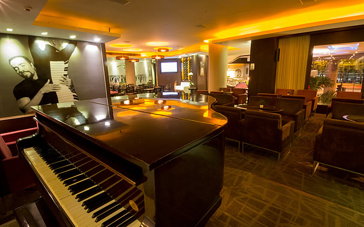 Restaurante Grand Prix Piano Bar (Hotel Novo Mundo)