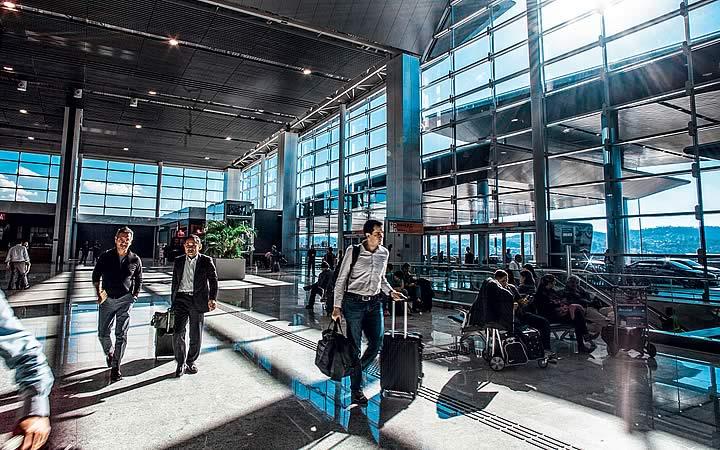 Saguão do Aeroporto de Guarulhos