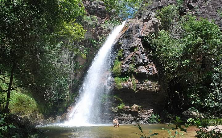 Cachoeira das andorinhas em Chapada dos Guimarães