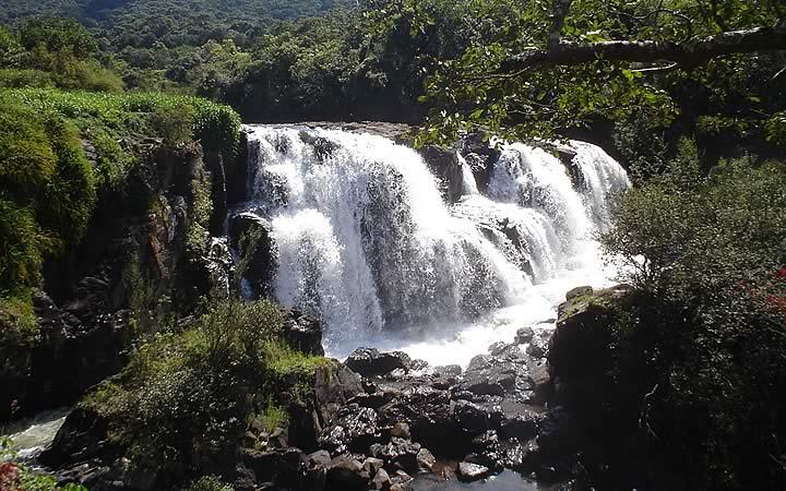 Cachoeira das noivas em Poços de Caldas