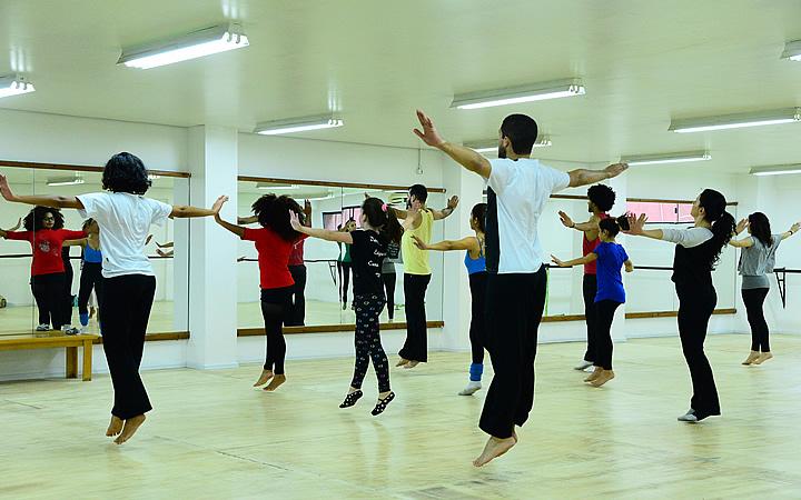 Curso Danças Populares em Joinville