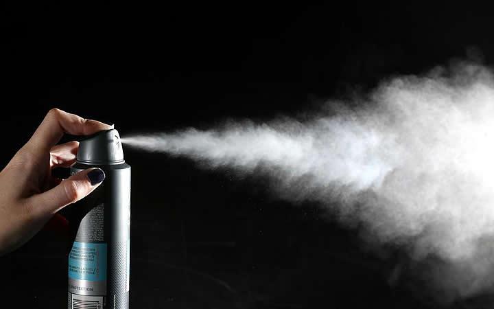 Desodorante aerossol - Coisas que não pode levar no avião