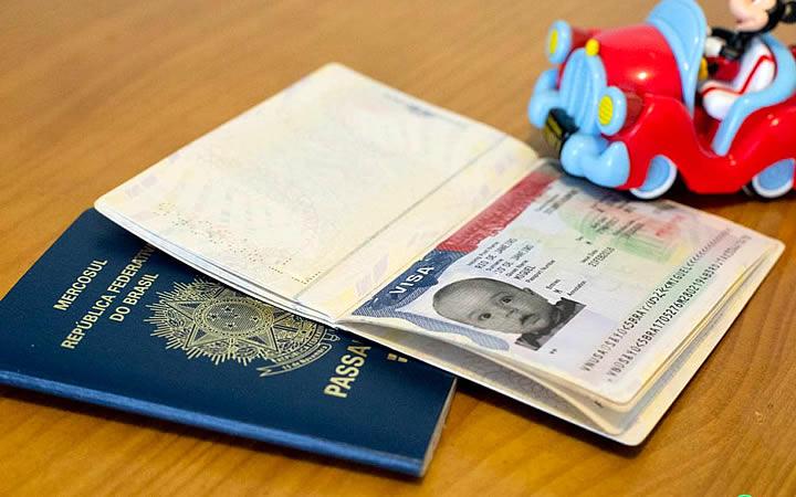Documento de viagem do bebê