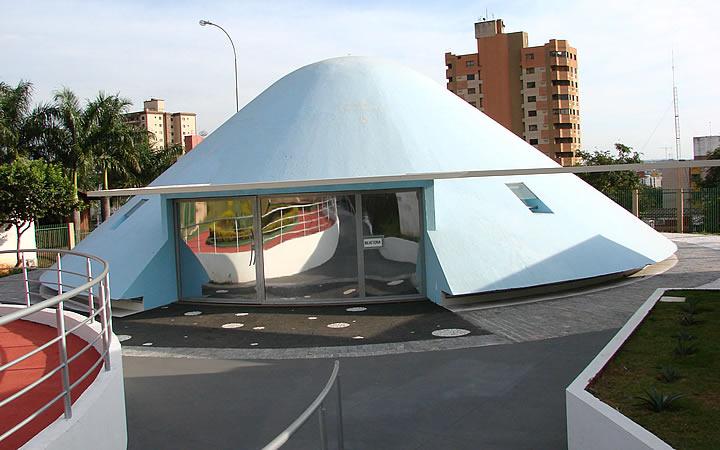 Planetário em Londrina