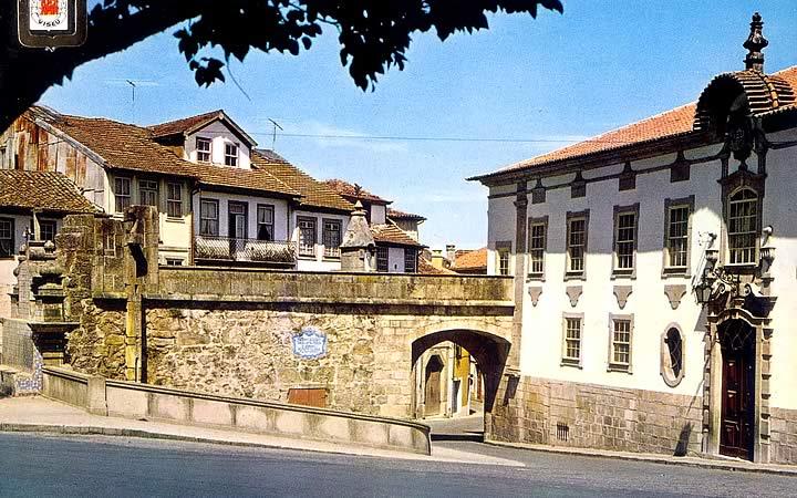 Porta dos cavaleiro em Viseu - Portugal