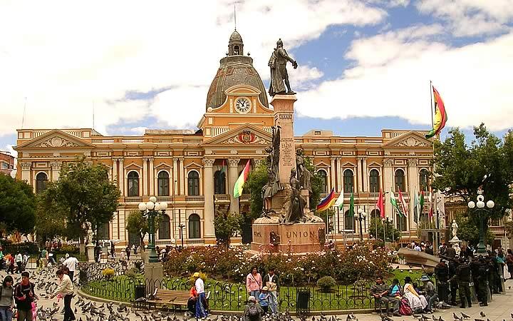 Praça Murilo - Bolívia