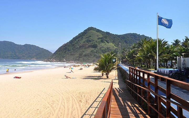 Praia do Tombo em Guarujá