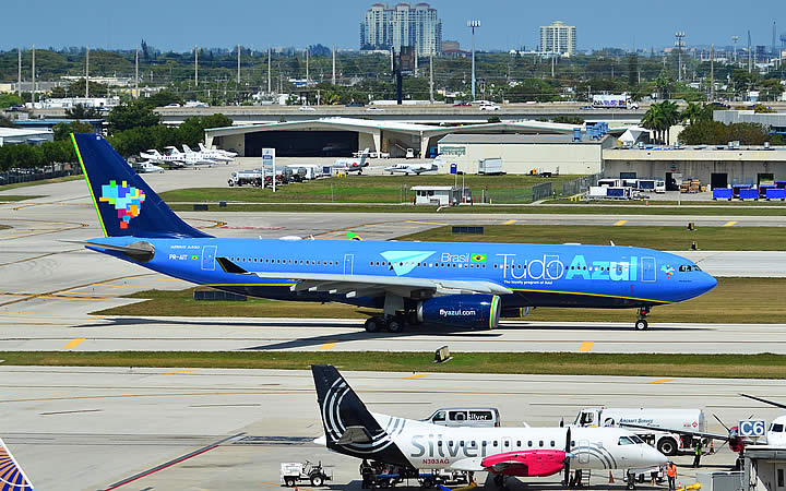 Avião da empresa Tudo Azul