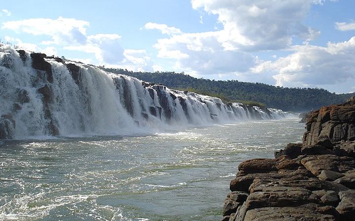 Cachoeira Salto do Yucumã em Rio Grande do Sul