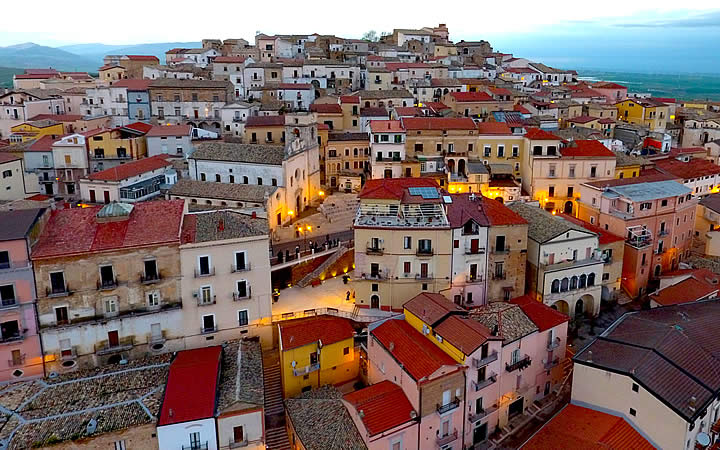 Candela na Itália