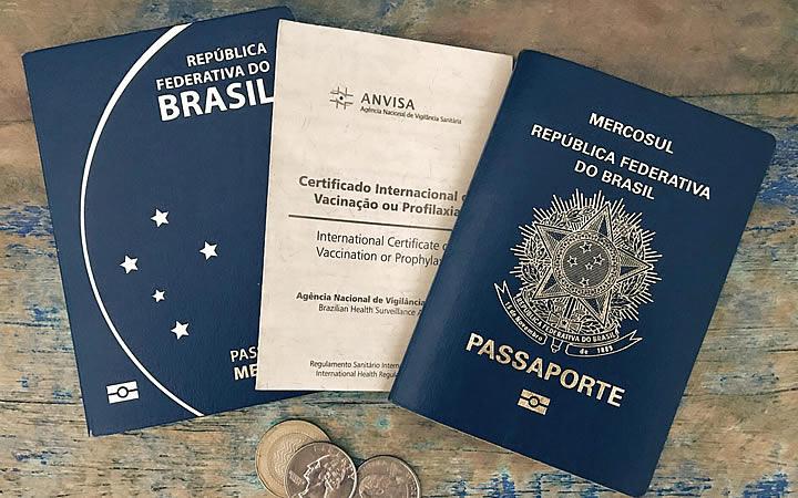 Certificado internacional de vacina e passaporte