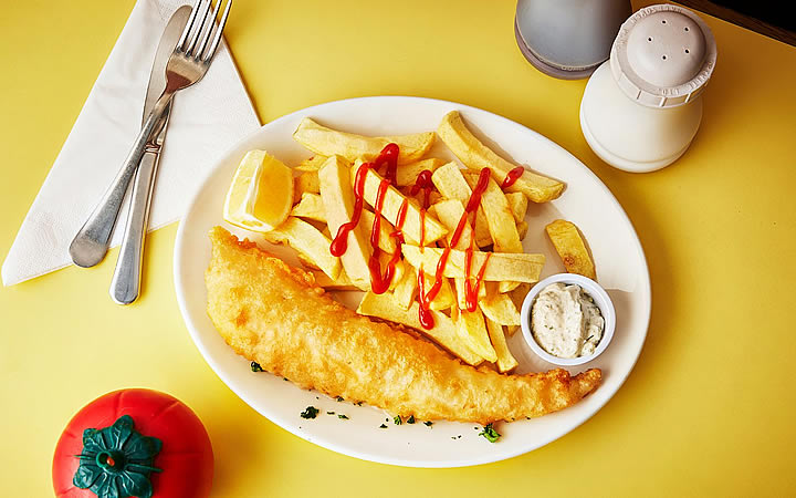 Comer Fish and Chips - Peixe Frito com batata em Londres