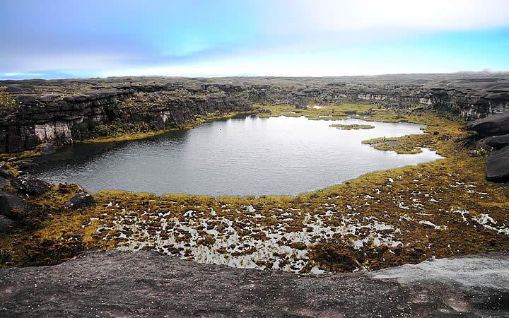 Lago Gladys em Monte Roraima