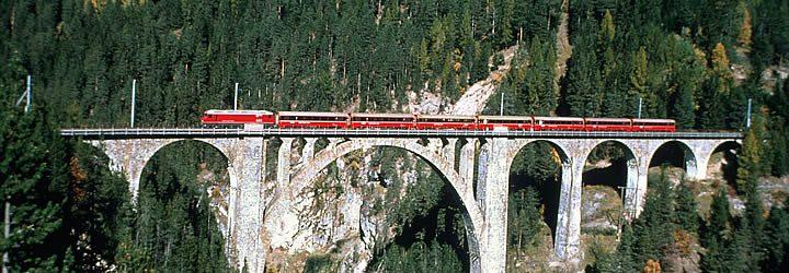 Viagem de trem pela Suíça