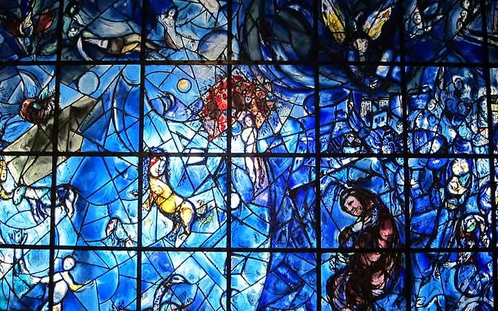 Vitrais de Marc Chagall na Igreja Fraumünster em Zurique