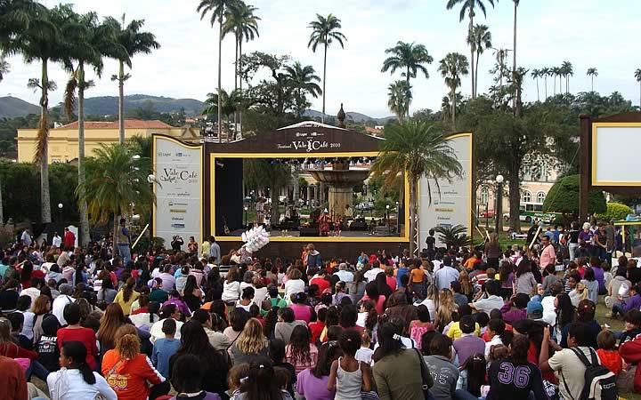 Atrações - Festival do Vale do Café