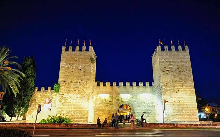 Cidadela de Alcudia em Maiorca