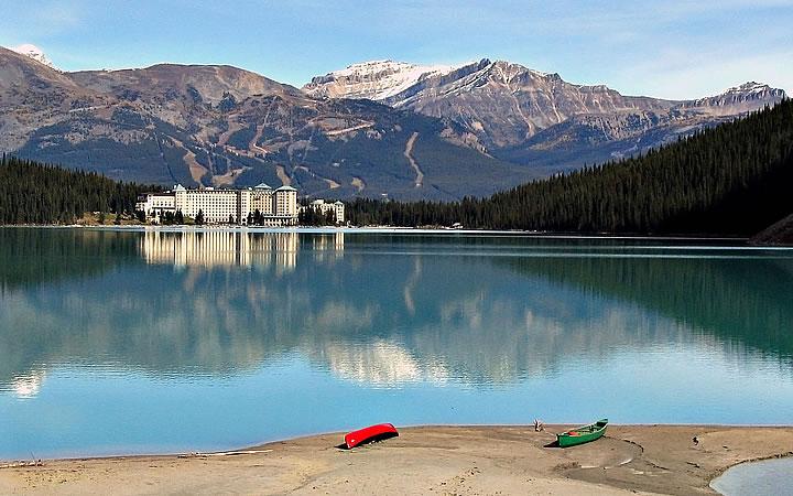 Lago Louise no Parque Nacional de Banff