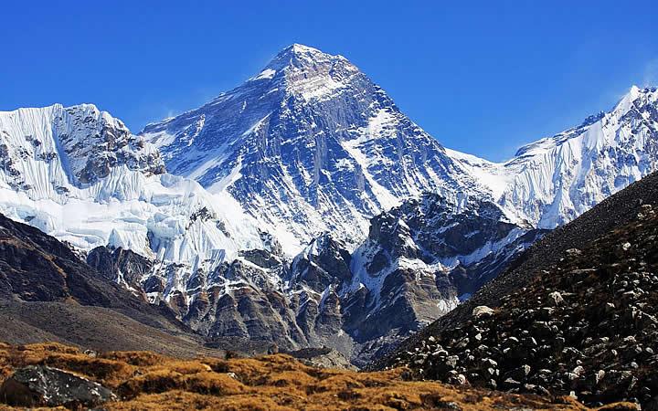 Monte Evereste em Nepal