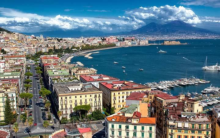 Nápoles - Visão da Cidade