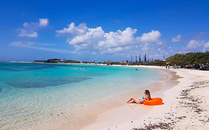 Praia de Eagle Beach em Aruba