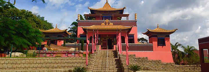 Templo Odsal Ling em Cotia - SP