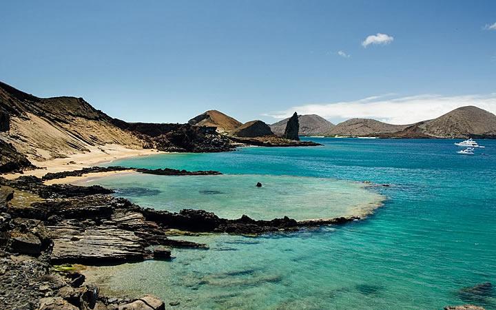 Lago azul em Galápagos