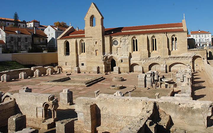 Mosteiro da Rainha Santa