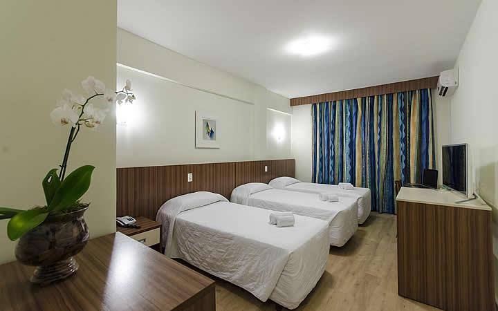 Quarto no Hotel Pires