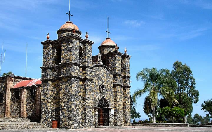 Templo del cerro de la reyna em Tonala