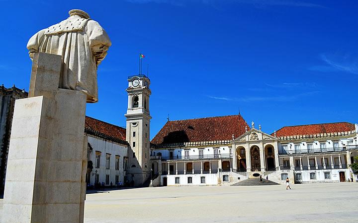 Universidades da cidade de Coimbra em Portugal
