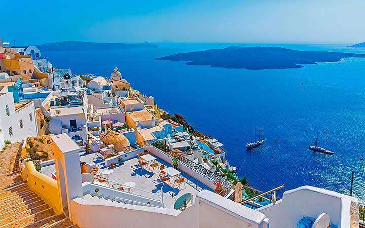 Vista para o Mar Egeu em Santorini