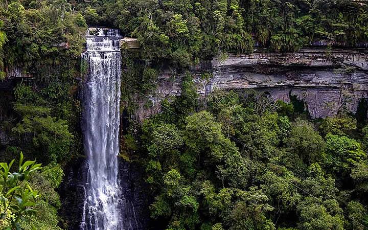Cachoeira em Benedito Novo - Santa Catarina - Circuito do vale Europeu
