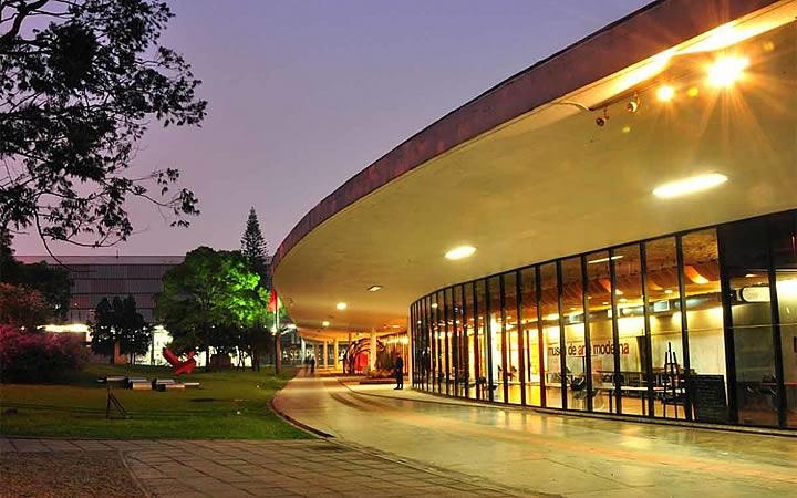 Museu de Arte Moderna no Parque do Ibirapuera