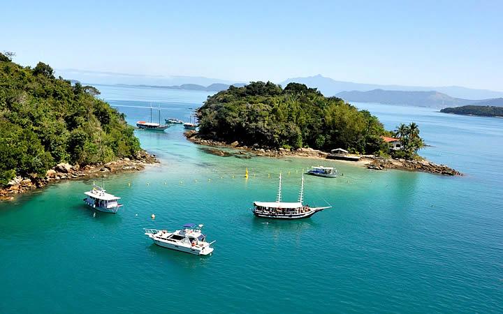 Passeios de barco e lancha em Ilha Grande