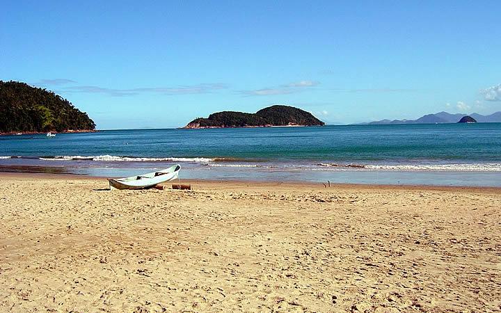 Praia da Almada em Ubatuba