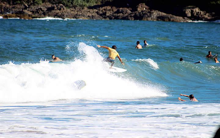 Surfe na Praia da Tiririca em Itacaré – BA
