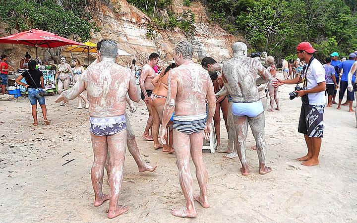 Banho de Argila - Praia da Argila